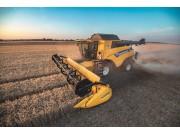 纽荷兰CR Revelation联合收割机提高效率、生产力和谷物质量标杆