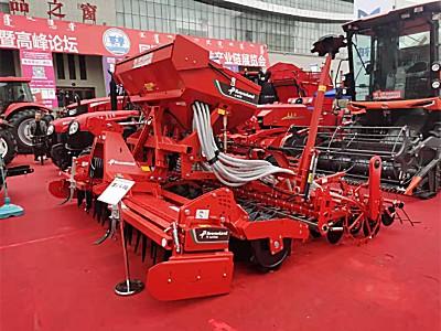 格蘭中國攜手內蒙古鑫陽農機設備有限責任公司參加2021第十二屆內蒙古農牧業機械展覽會暨論壇