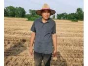 放弃万元月薪回农村创业——购买郑州中联花生机第一人