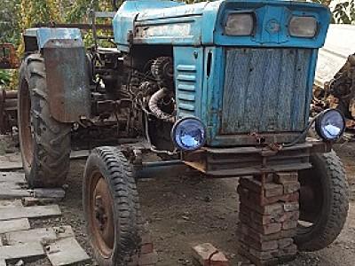 出售1992年泰山254拖拉机