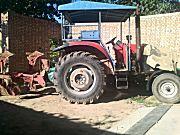 出售2011年东方红LX900拖拉机