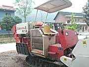 出售2012年雷沃RC18水稻收割机