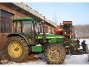 出售2012年约翰迪尔1204轮式拖拉机,带农具