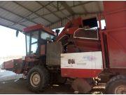出售2013年勇猛大四行4650玉米收割机