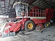 雷沃谷神CP04(4YZ-4C)玉米收割机