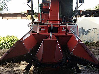 仁达4YZX-2B自走式玉米收割机