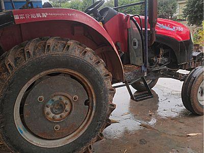 东方红750拖拉机