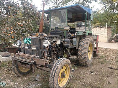 约翰迪尔天拖820拖拉机