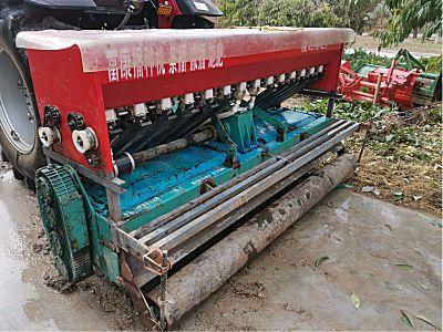 云山250型通轴旋耕机