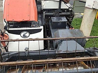 久保田4LZ-3(PRO758Q)履带式联合收割机
