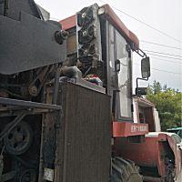 中農博遠4行自走式玉米收獲機