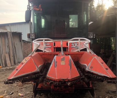 仁达4YZX-2B自走式玉米收获机