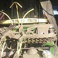 科羅尼650自走式飼料青儲機