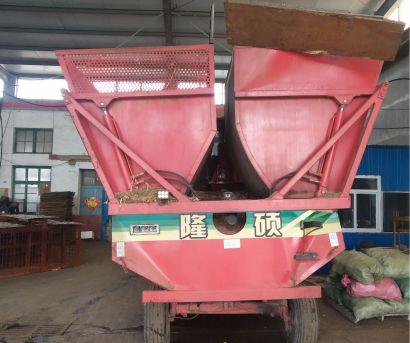 隆硕4QZ-2600青贮饲料收获机