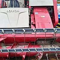 雷沃RG50履带收割机