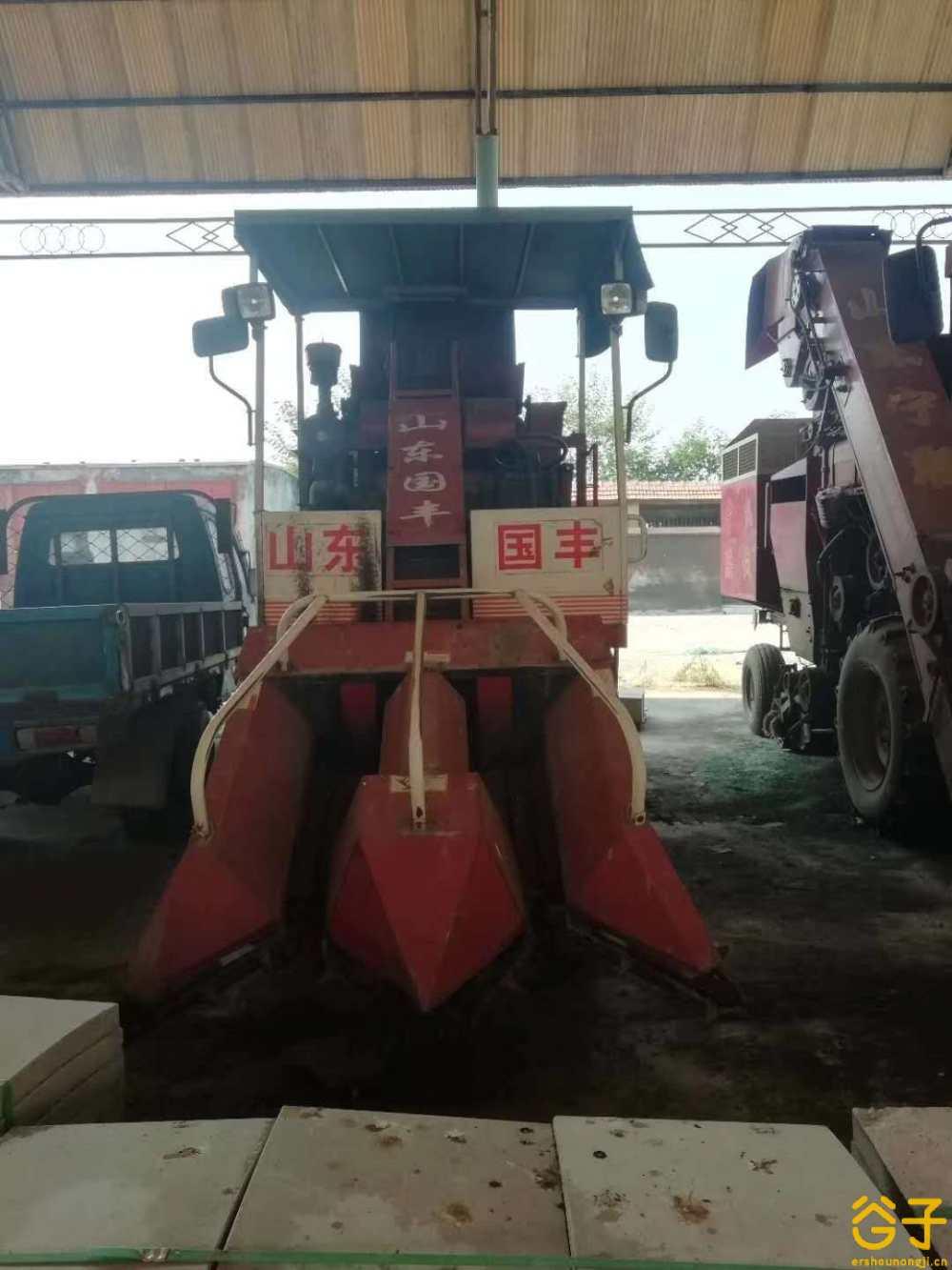 山东宁联4YZP-4自走式玉米收获机
