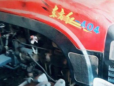 东方红ME404轮式拖拉机