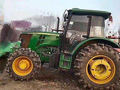 约翰迪尔6B-1204拖拉机