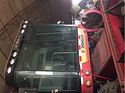 中联谷王TB70(4LZ-7B)小麦收割机