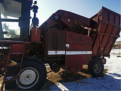 勇猛4YZ4650玉米收割机