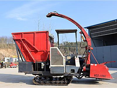 绿牧4QZ-1700青贮收割机
