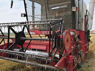二手雷沃谷神GE50(4LZ-5E)小麦联合收割机