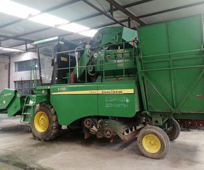 约翰迪尔Y110玉米收获机