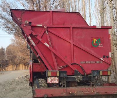 新疆牧神4YZ-4(YZ8300W)玉米联合收割机