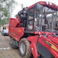 东方红4YZ-4D3自走式玉米收获机