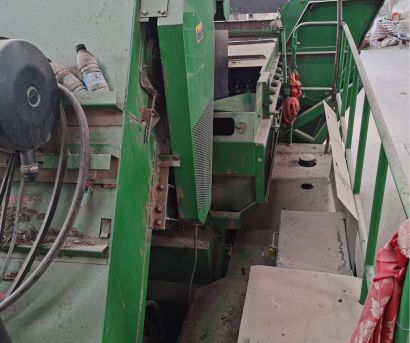约翰迪尔Y215玉米果穗收割机