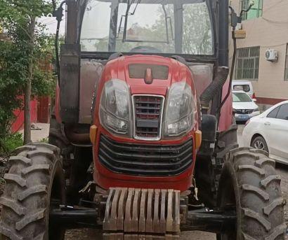 泰山1304轮式拖拉机