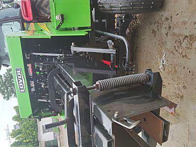 雷沃9YF-1.5方草捆打捆机
