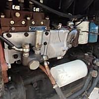 東方紅80輪式拖拉機