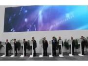 雷沃工程機械全新品牌形象亮相寶馬展