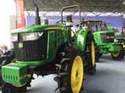 约翰manbetx万博体育全新国三产品首次亮相中南农机展