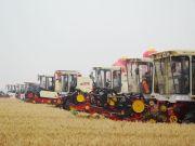 河北:8.7万台小麦联合收割机整装待发