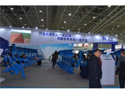 鄭州龍豐再發力,攜4款新產品亮相武漢國際農機展!