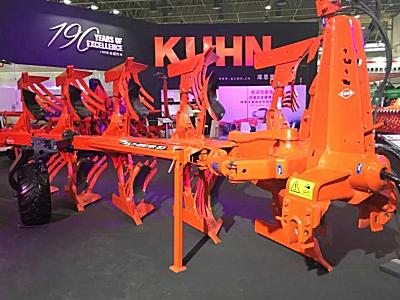 法国库恩携六款产品亮相2018武汉国际农机展