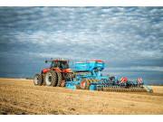 东北农民花十倍钱买进口犁 国产农机需加强