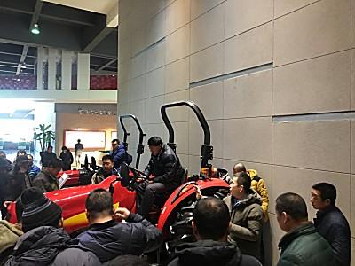 沈阳100多名新型职业农民走进远大石川岛集团观摩学习