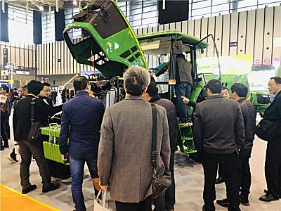 约翰manbetx万博体育精彩亮相第十届江苏国际农业机械展览会