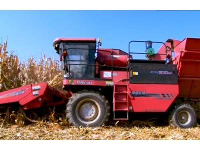 用戶堅持使用十多年,牧神玉米收獲機究竟有什么魔力?