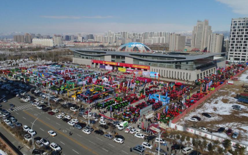 看農機,買農機,我只來內蒙古農牧業機械展覽會