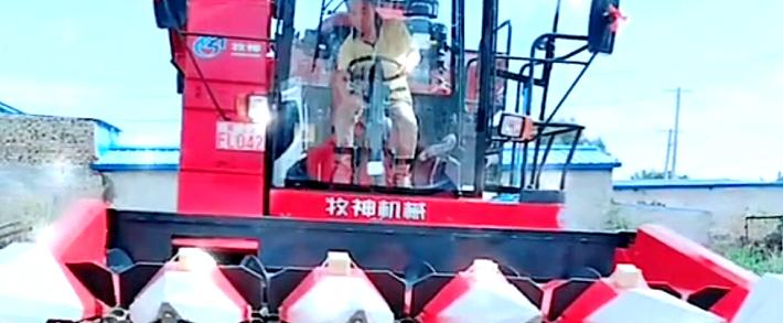 王亮:一分价钱一分货,牧神玉米收获机值得信赖