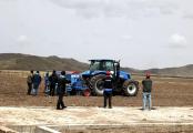 紐荷蘭牧草全程機械化設備助力雪域高原牧業