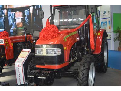 浙拖704型拖拉机