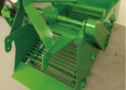 蘭石蘭駝4U 800型薯類收獲機