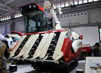 洋馬AW6120水稻收割機