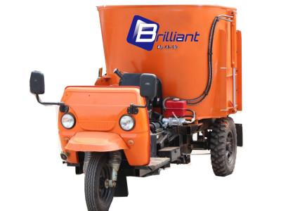 博林特BR001移动式饲料搅拌机