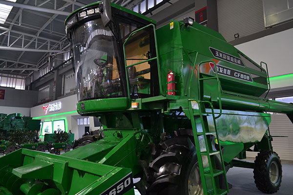 常发佳联CF808玉米籽粒收割机